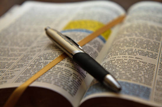 How Many Pages Are There in the Bible? - Word Counter Blog